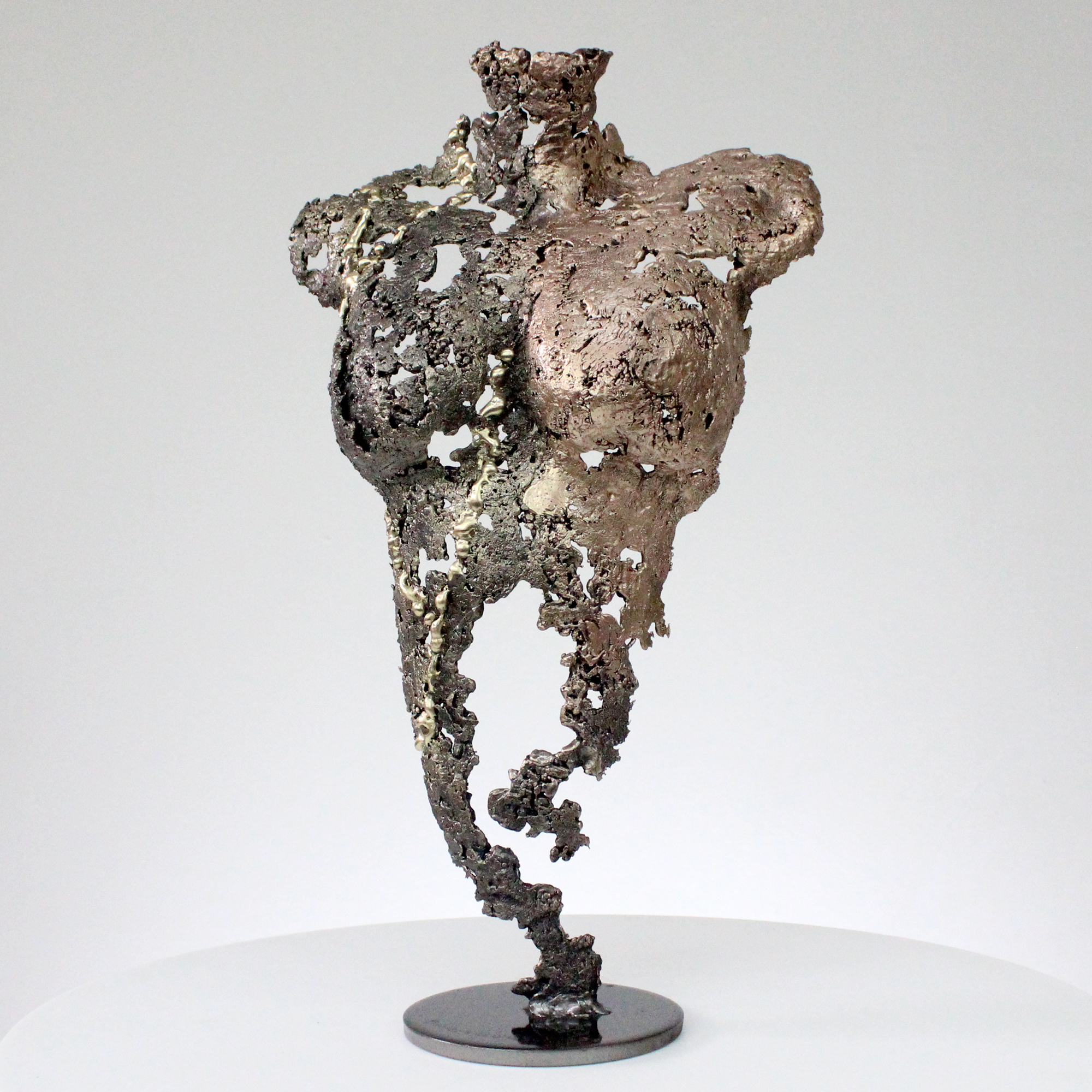 Pavarti Nuances - Sculpture corps femme métal dentelle acier bronze et Laiton - Body Shades woman metal artwork - lace steel, bronze brass - Buil